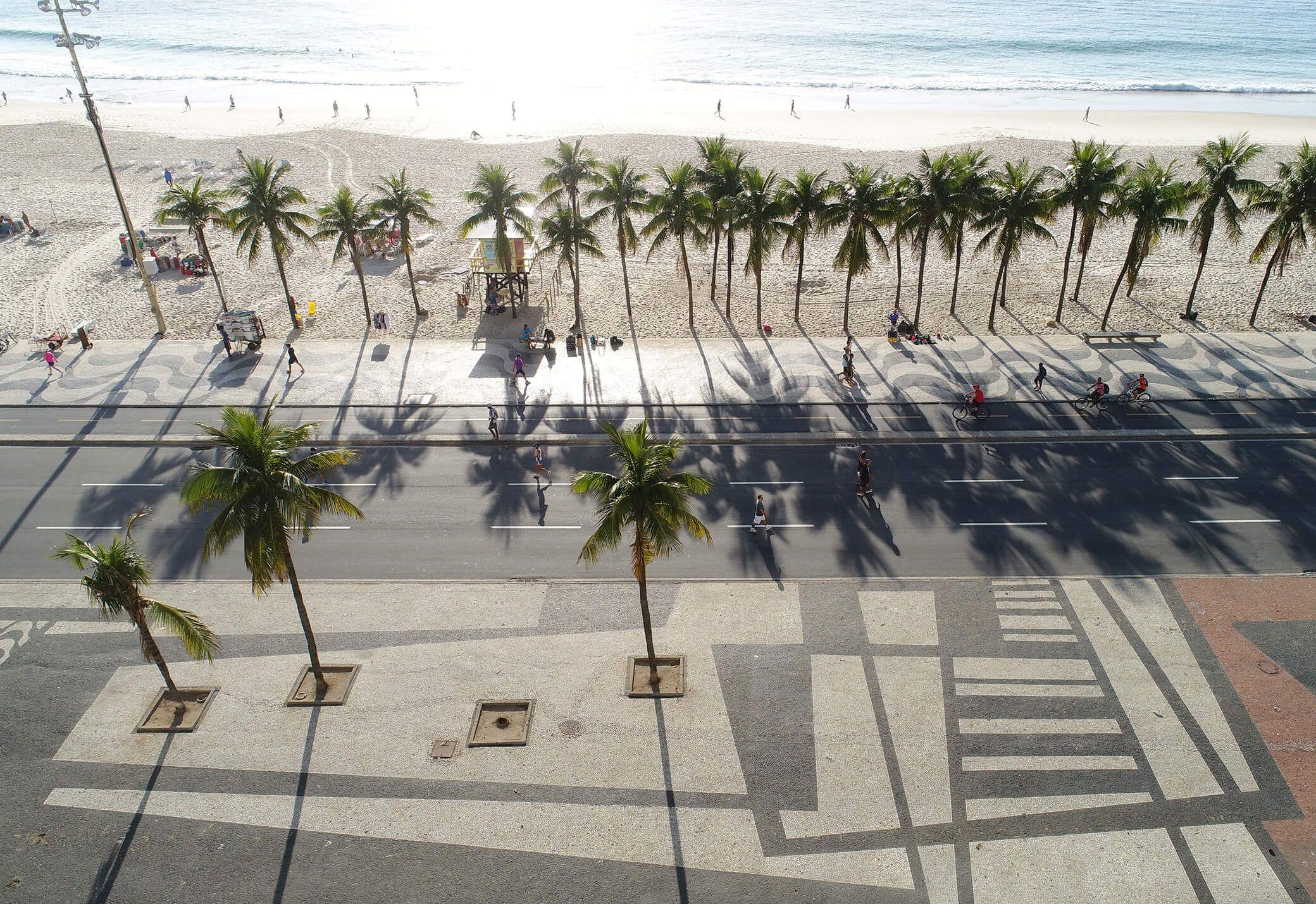 زیبایی مدرنی که در خیابان کوپاکابانا ریودوژانیرو برزیل خلاصه شده است