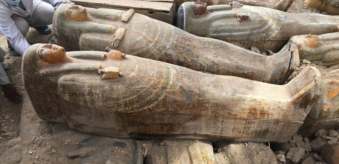 بیست تابوب مومیایی مصر