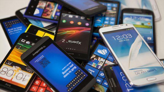محرومیت از گوشی هوشمند