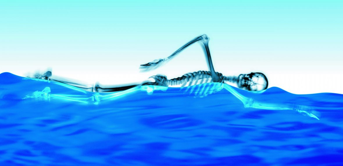 10 مورد از مزایای شنا کردن