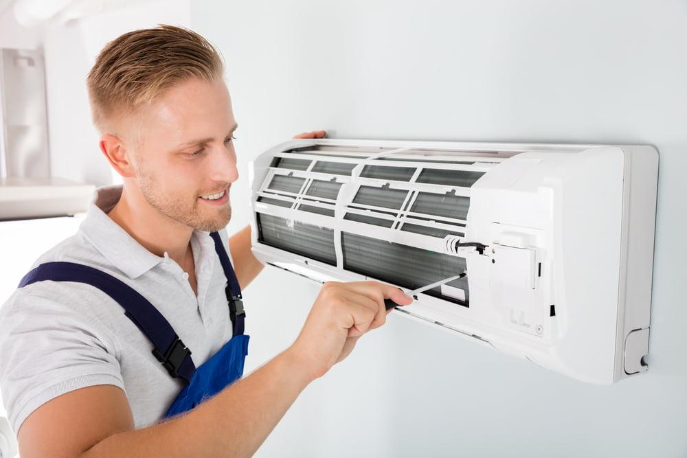 کاهش هزینههای قبض برق - 2. سیستم تهویه مطبوع را مرتب سرویس کنید