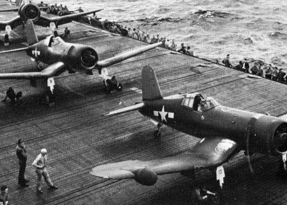 تاریخچه هواپیماهای نظامی آمریکا - 15. Vought F4U Corsair