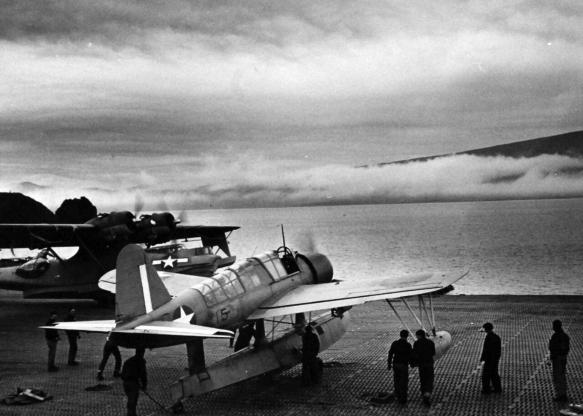 تاریخچه هواپیماهای نظامی آمریکا - 12. Vought OS2U Kingfisher