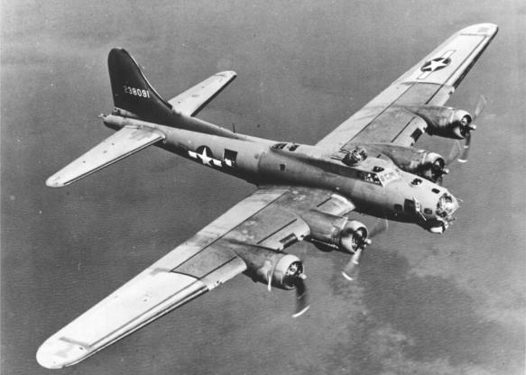تاریخچه هواپیماهای نظامی آمریکا - 10. Boeing B-17 Flying Fortress