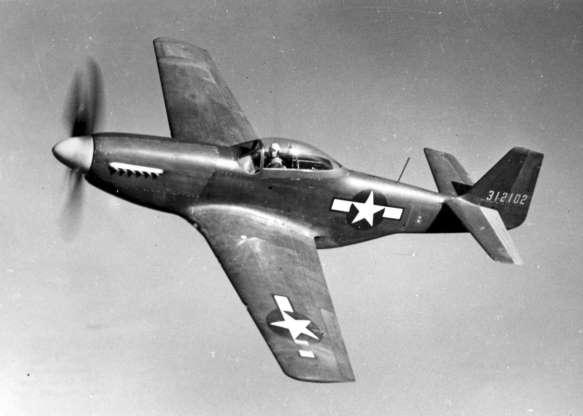 تاریخچه هواپیماهای نظامی آمریکا - 14. North American P-51 Mustang