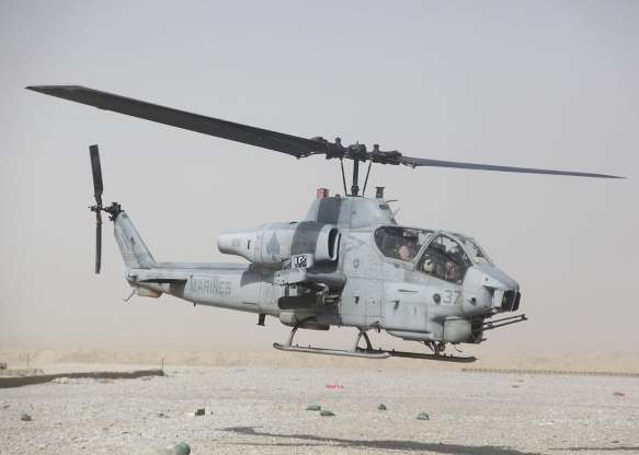 تاریخچه هواپیماهای نظامی آمریکا - 37. AH-1W Super Cobra