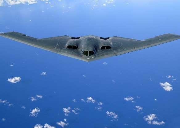 38. بمب افکن B-2 Spirit