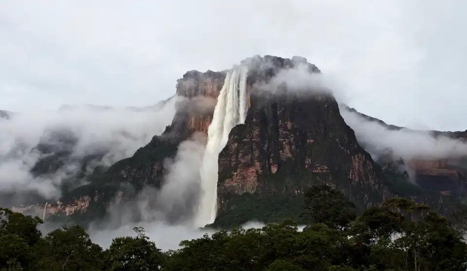 بزرگترین آبشار جهان