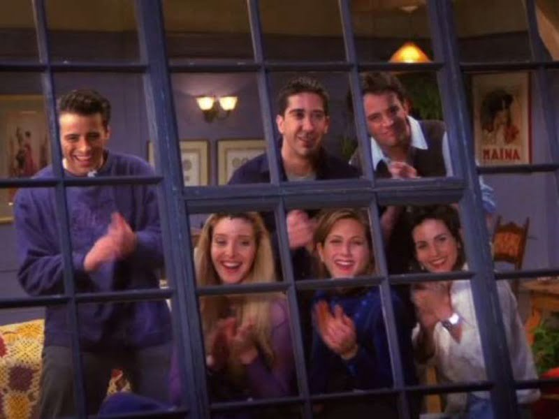 20. کلمه «فرندز» (Friends) در تمامی قسمتهای سریال Friends گفته میشود.