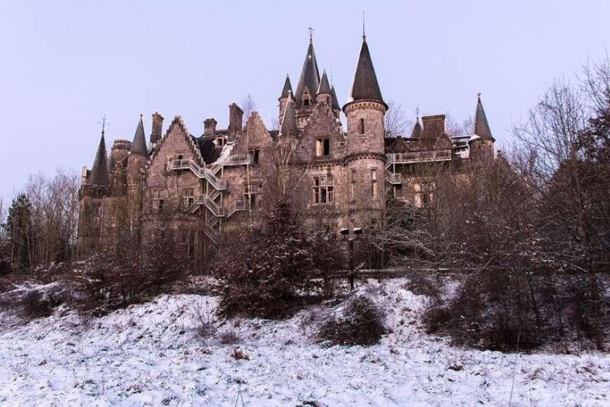 زیباترین مکانهای رها شده در جهان - 6. قلعه Miranda، بلژیک
