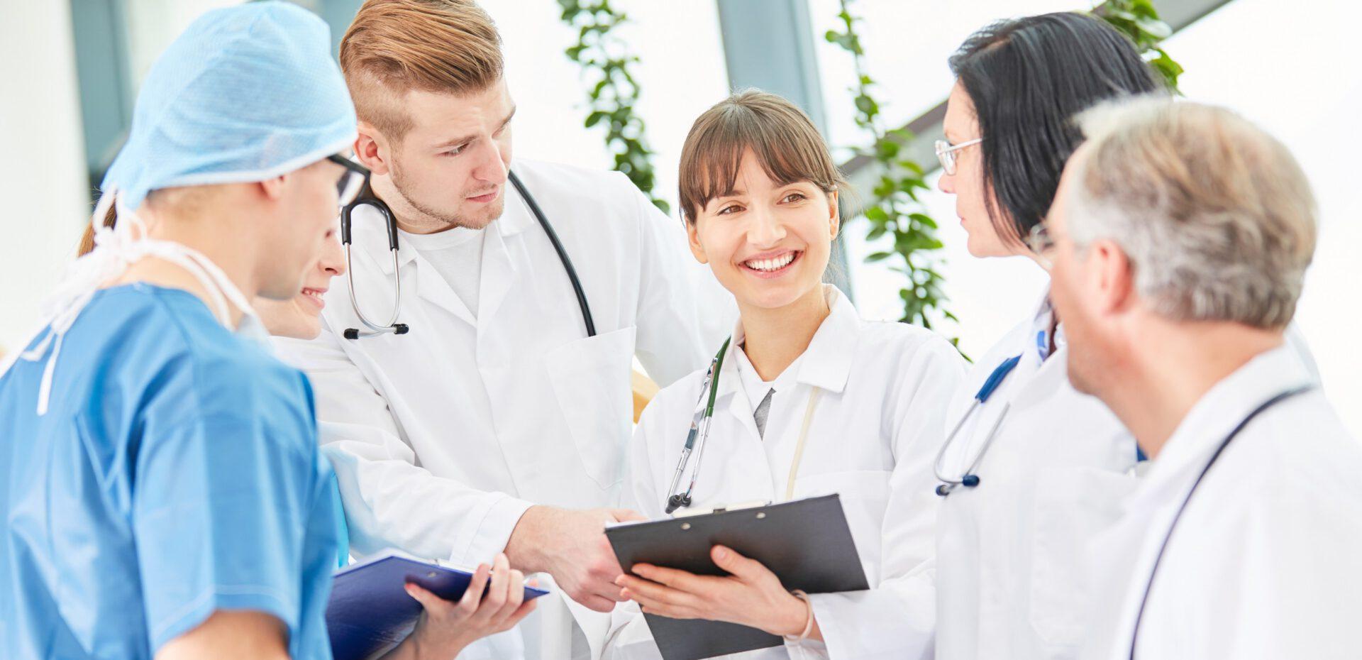 دستمزد پزشکان