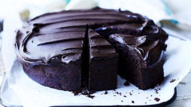 دستور تهیه کیک شکلاتی بدون آرد