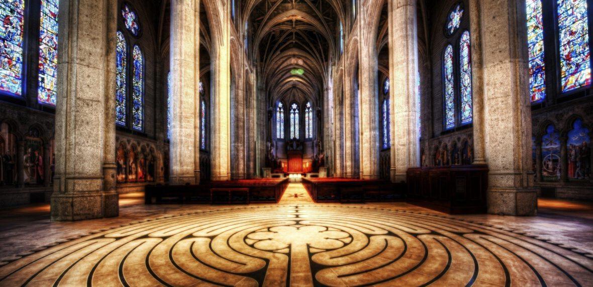 15 مورد از زیباترین کلیساهای جامع جهان