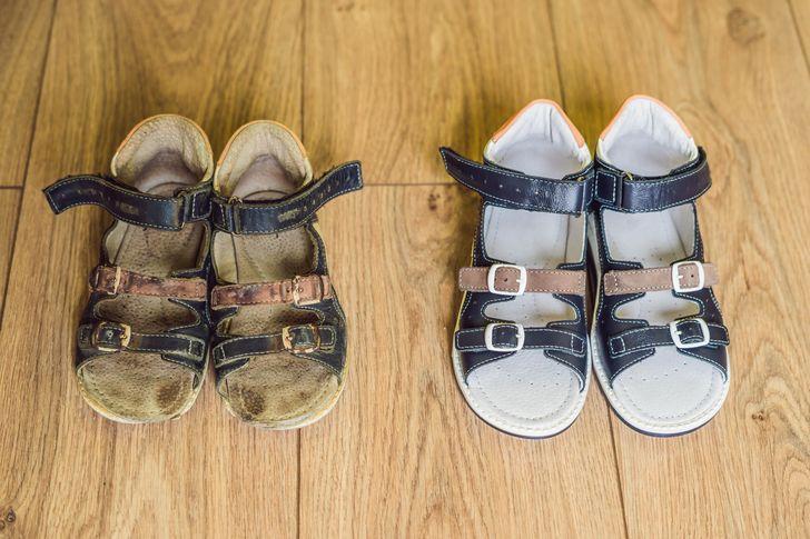 8 ترفند سفید کردن کفش با محصولات خانگی - 5. آمونیاک